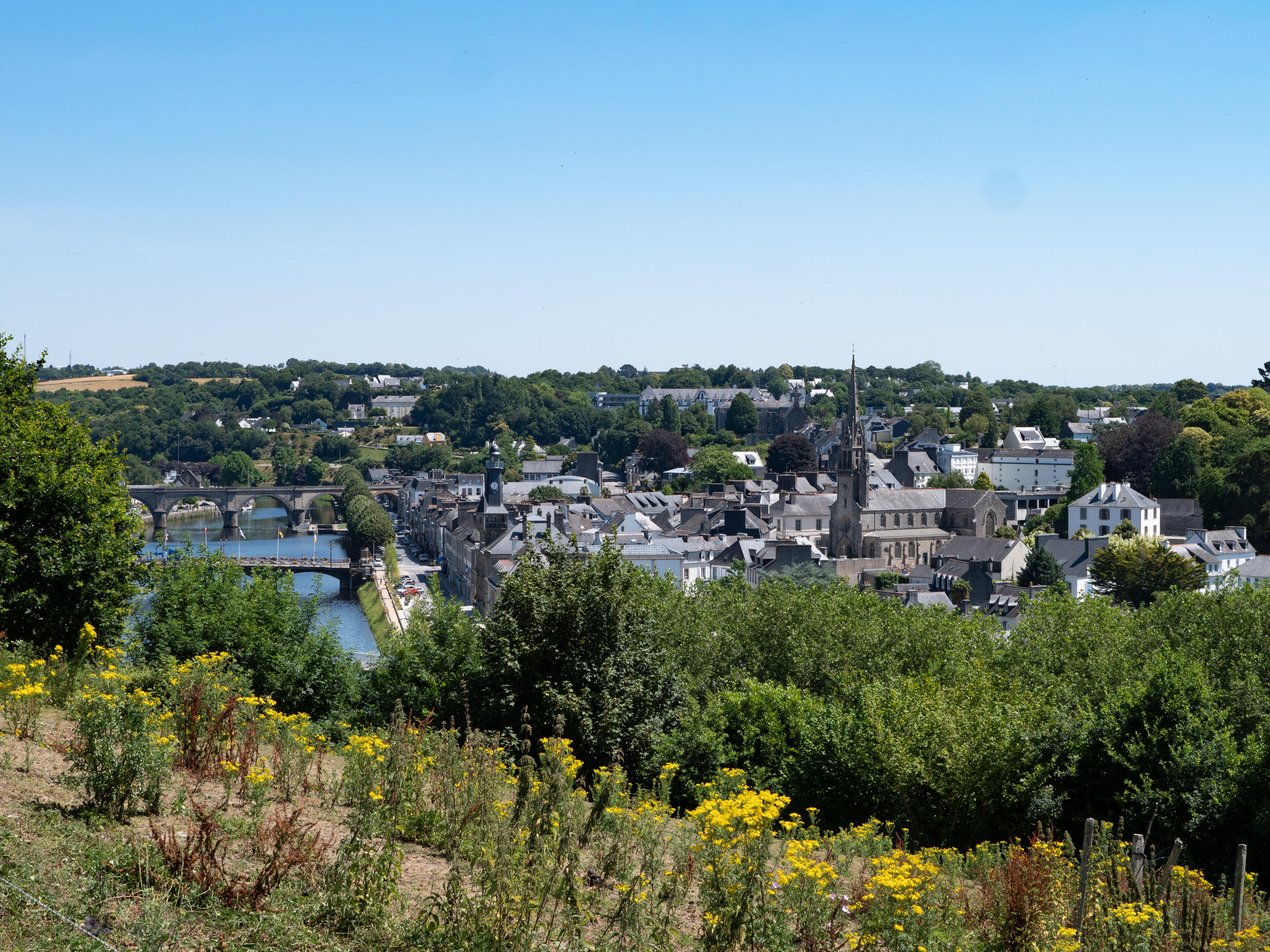 Covid-19 : Suspension de toutes les activités au Vieux-Bourg